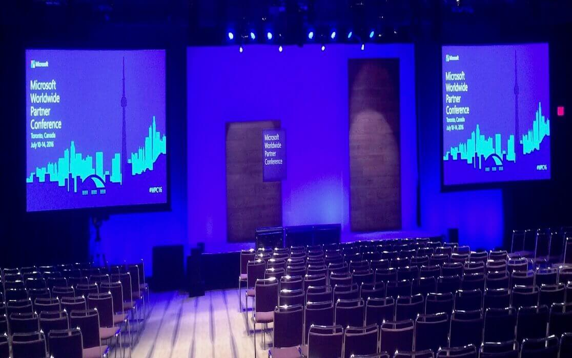 What are the benefits of using LED video wall?