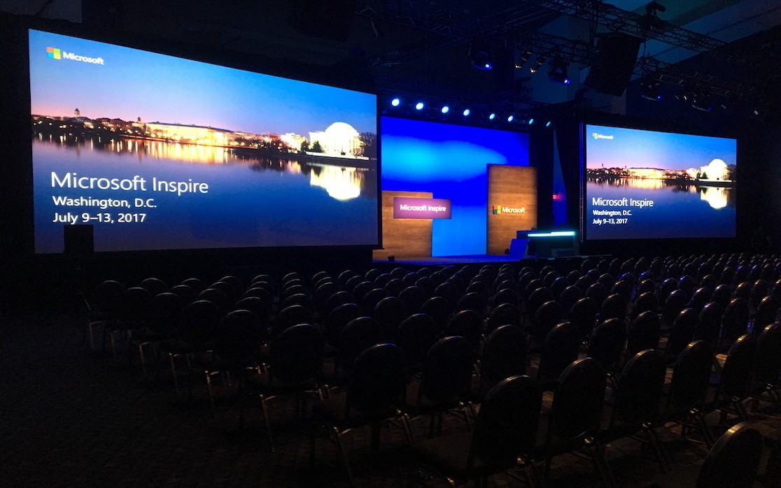 Christie Roadsters DLP projectors for corporate events